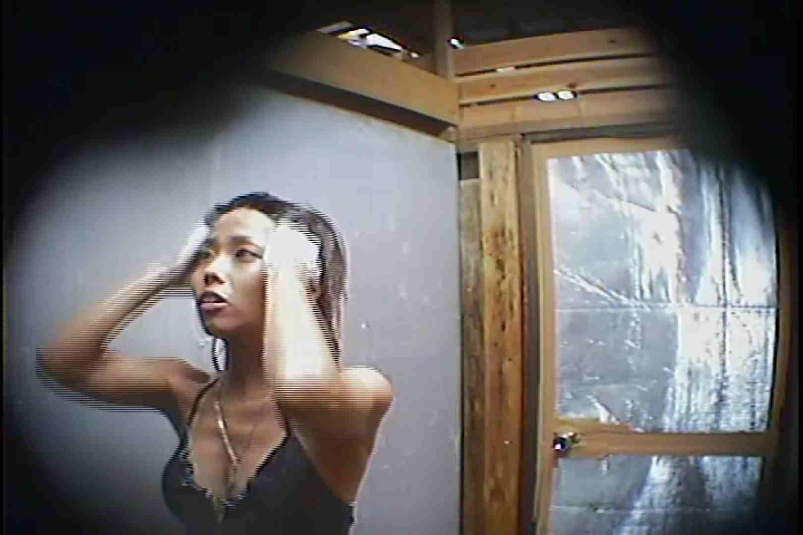 海の家の更衣室 Vol.45 高画質 | シャワー  101画像 37