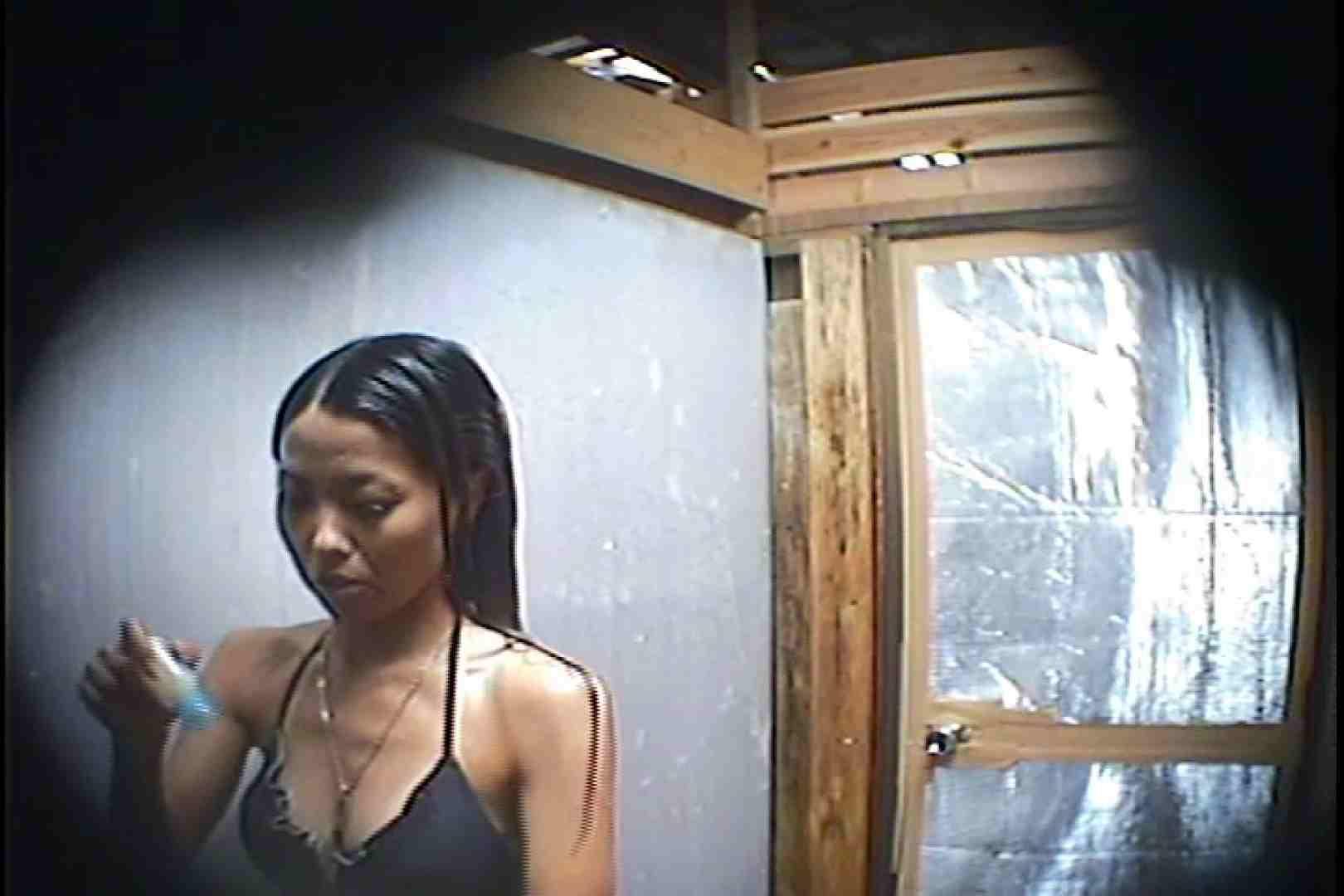 海の家の更衣室 Vol.45 高画質 | シャワー  101画像 63