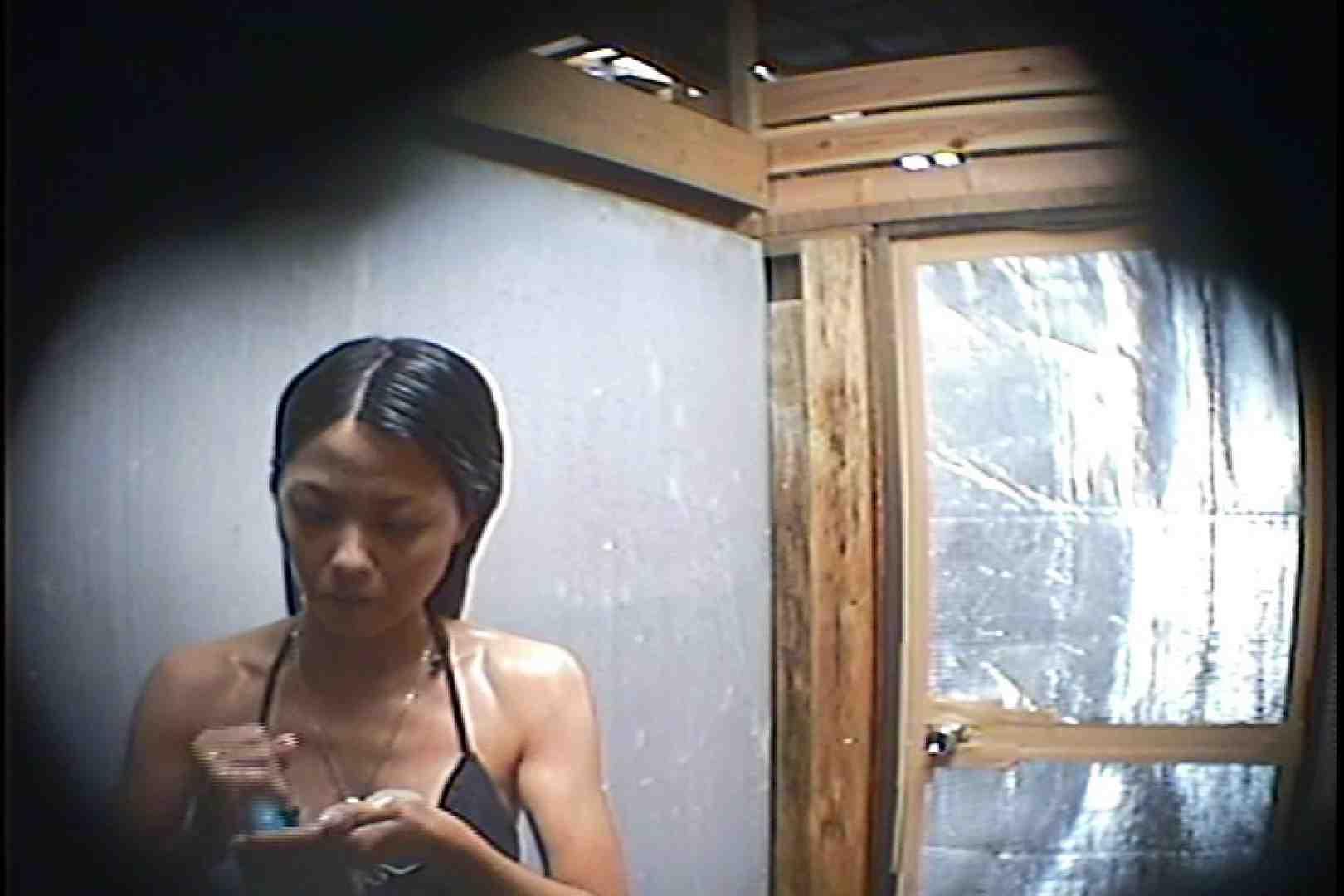 海の家の更衣室 Vol.45 高画質 | シャワー  101画像 69