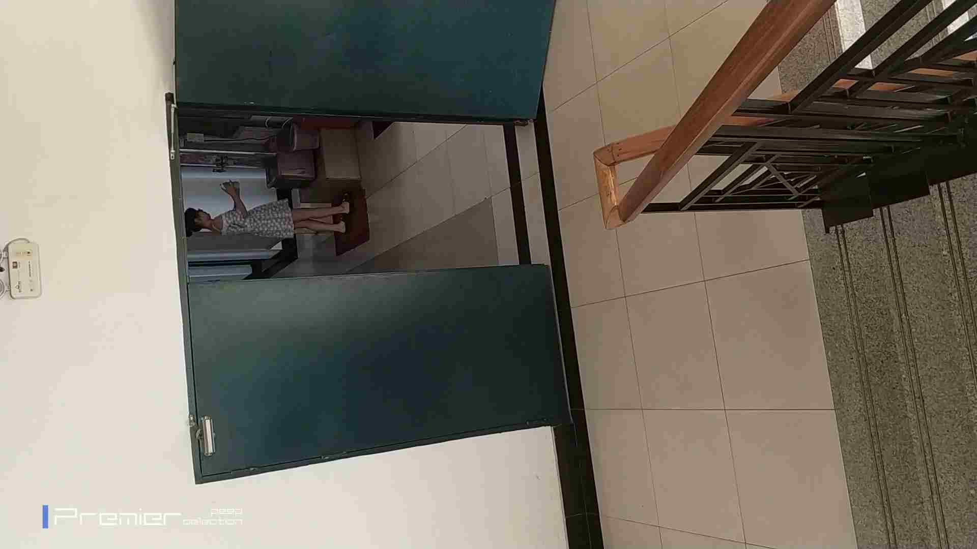 バッチリ美女の姿撮り!大学休憩時間の洗面所事情74 美肌   ギャル  30画像 9