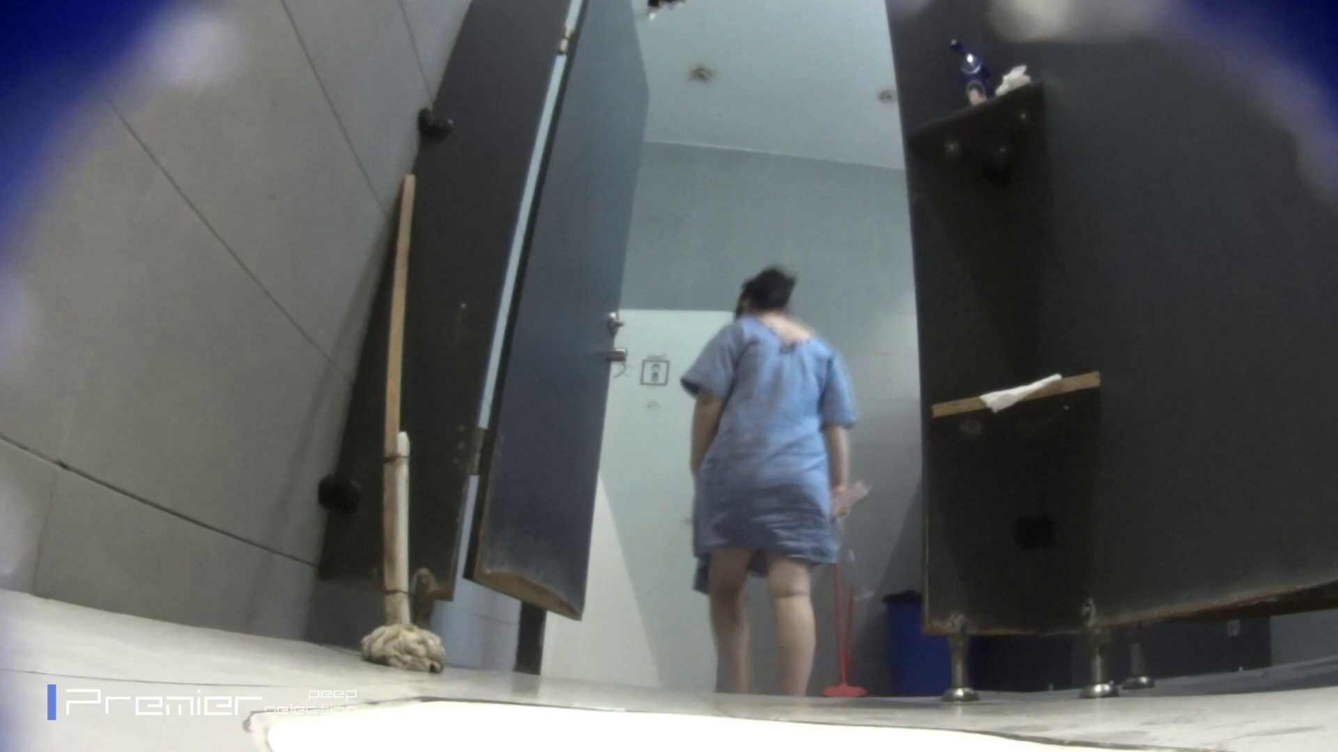個室のドアを開けたまま放nyoする乙女 大学休憩時間の洗面所事情85 洗面所 | 細身  96画像 34