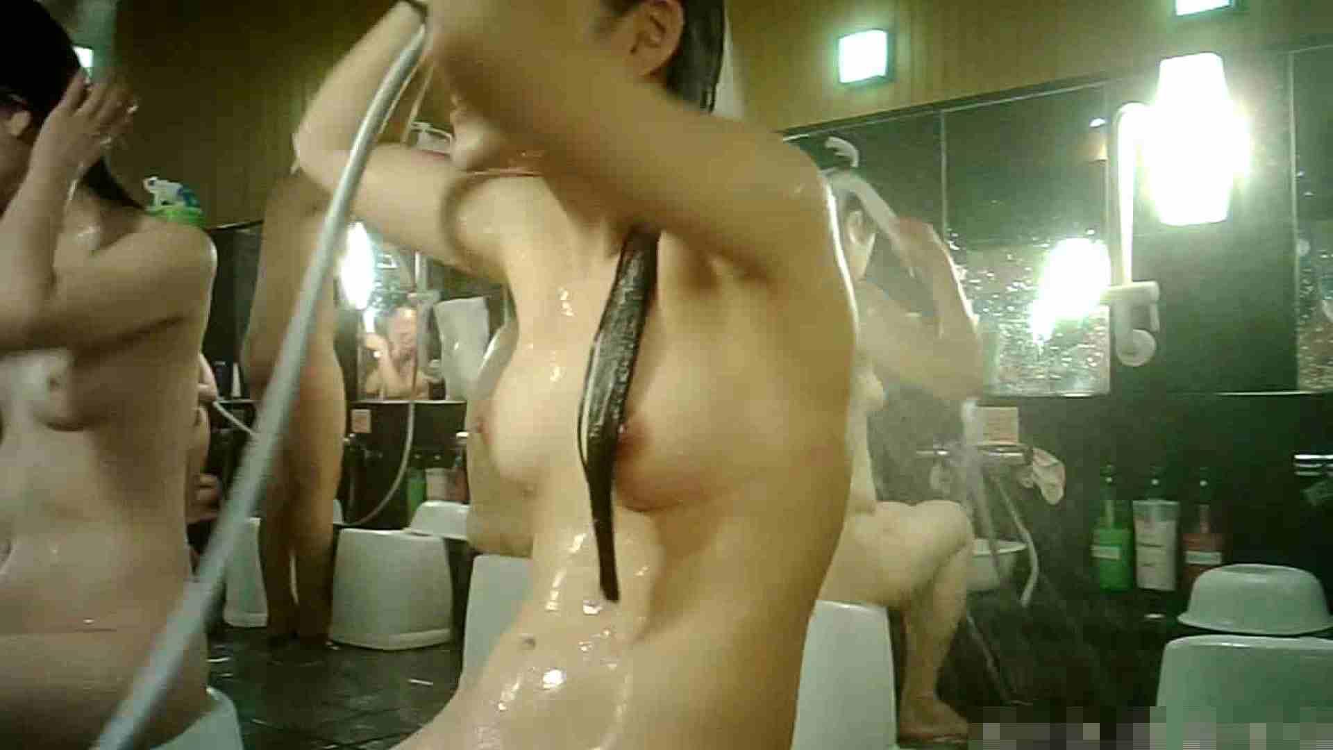 No.3 洗い場!!手前の嬢、特徴的な顔とコンパクトなおっぱい。 女湯 | おっぱい  99画像 31