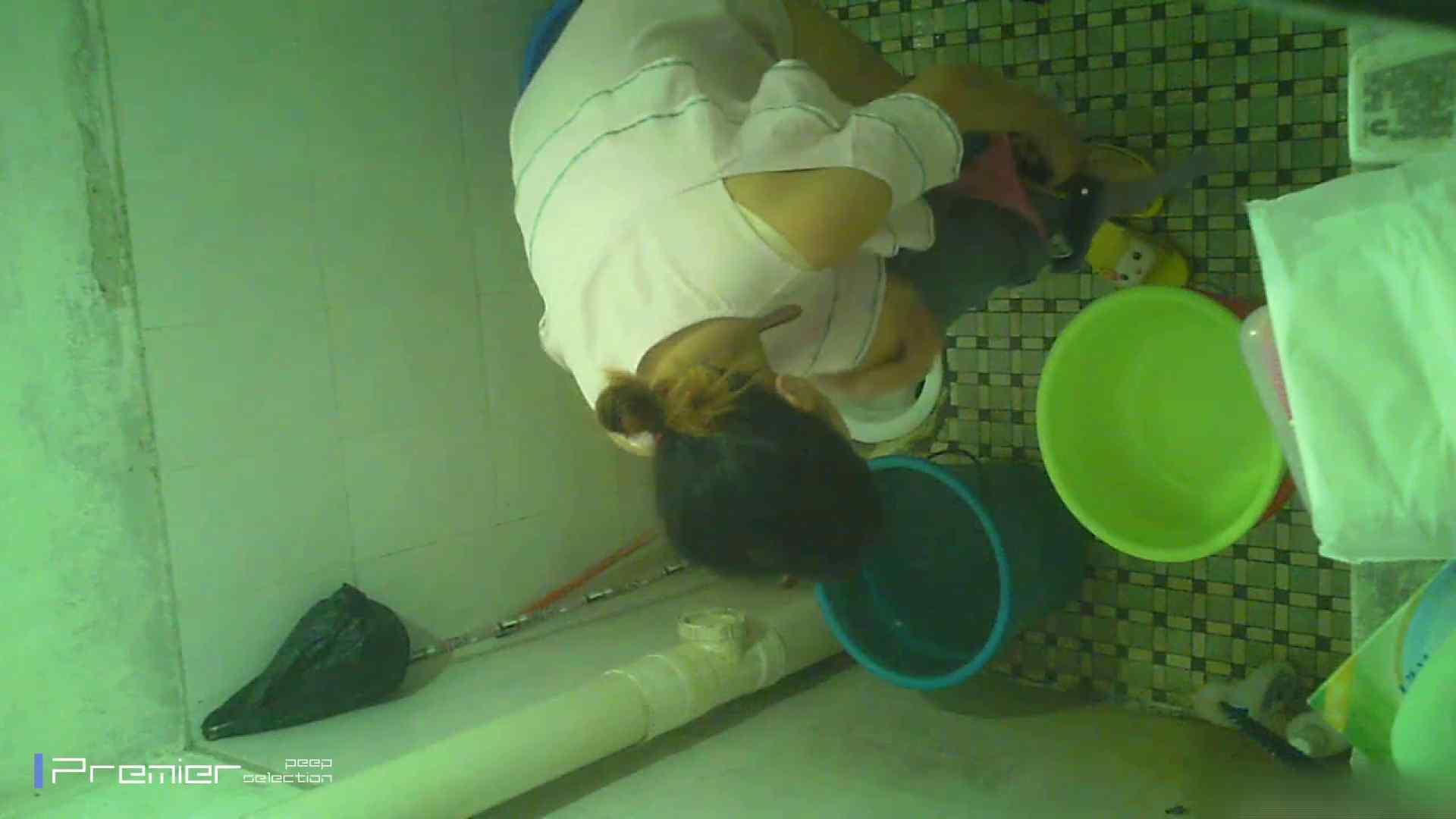 美女の痴態に密着!洗面所で入浴! ギャル   美肌  41画像 9