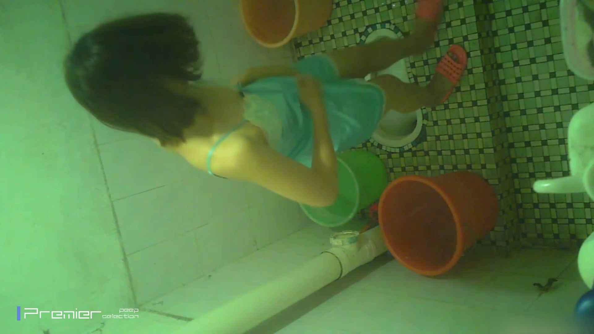 美女の痴態に密着!洗面所で体を洗う!絶世の美女 Vol.06 桃色乳首   盗撮  39画像 9