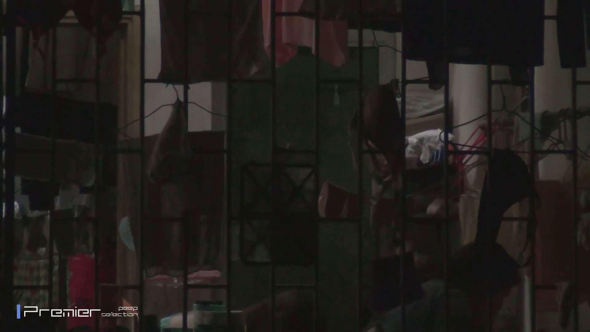 美女の痴態に密着!洗濯物を干す女 Vol.07 美女H映像 | 洗面所  29画像 4