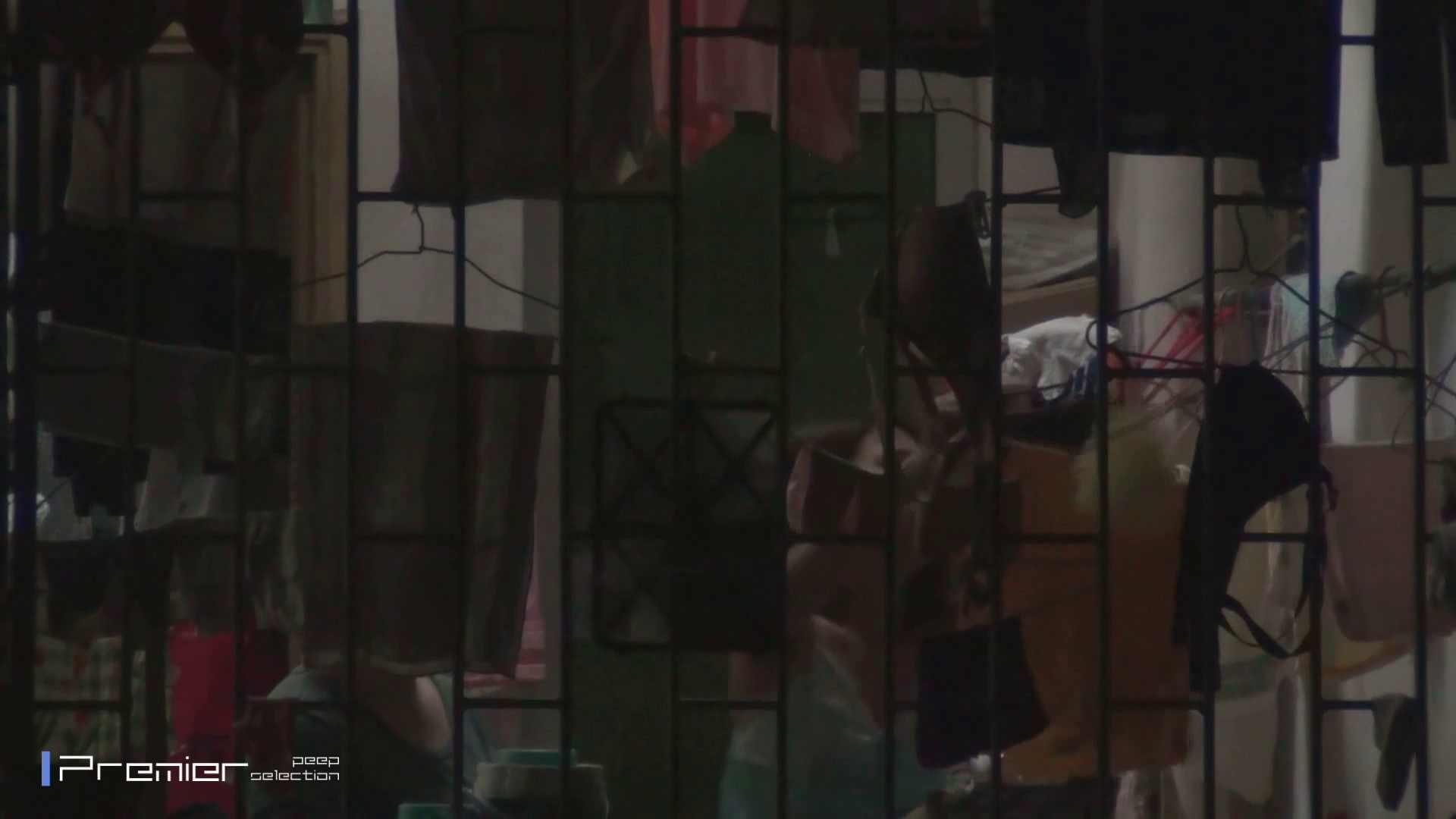 美女の痴態に密着!洗濯物を干す女 Vol.07 美女H映像 | 洗面所  29画像 10