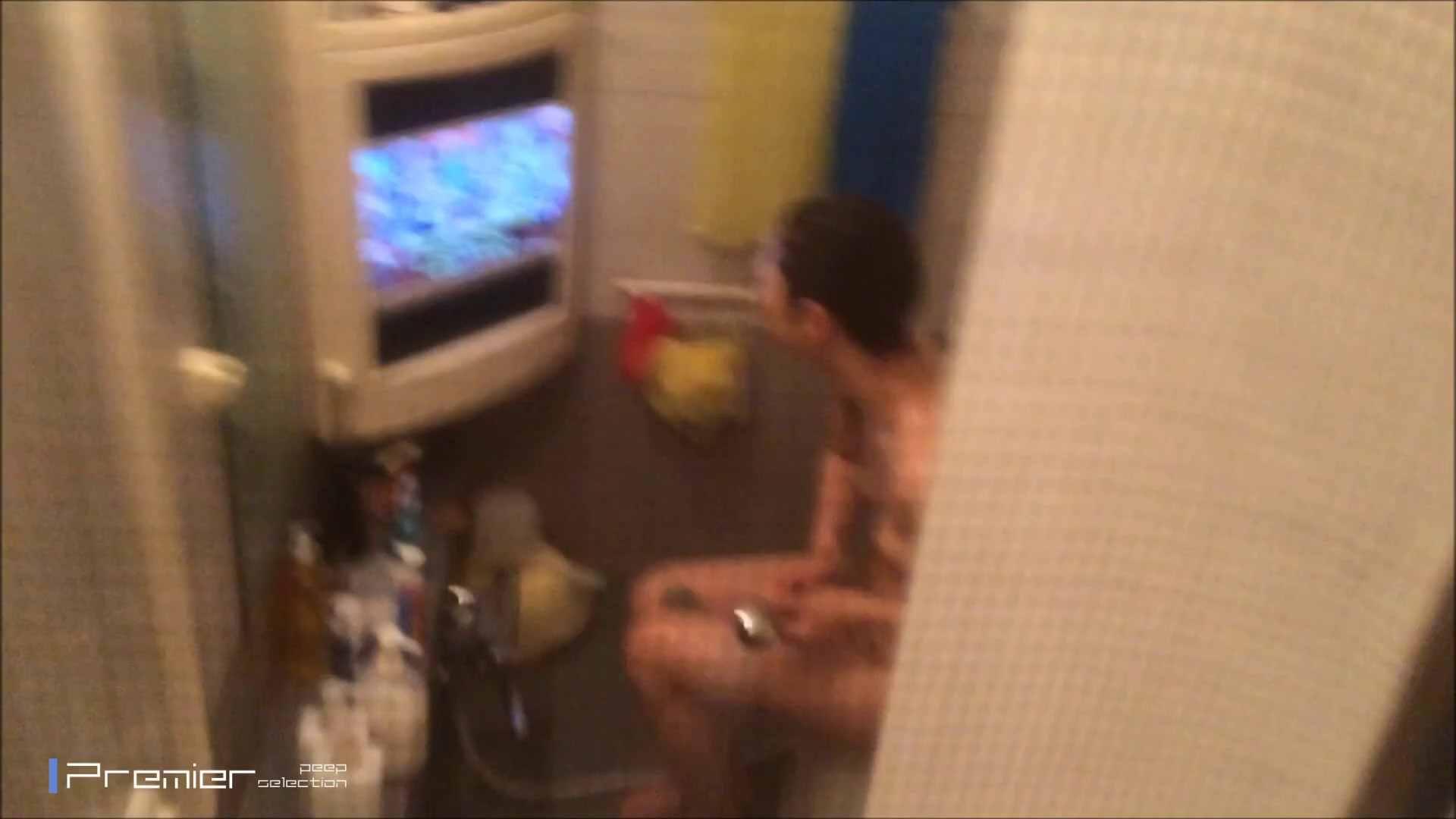 美女のテレビを見ながらの入浴 乙女の風呂場 Vol.21 盗撮 | 細身  61画像 40