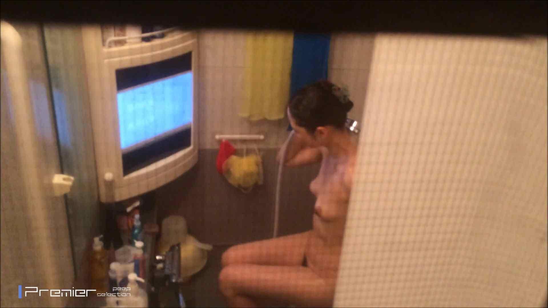 美女のテレビを見ながらの入浴 乙女の風呂場 Vol.21 盗撮 | 細身  61画像 42
