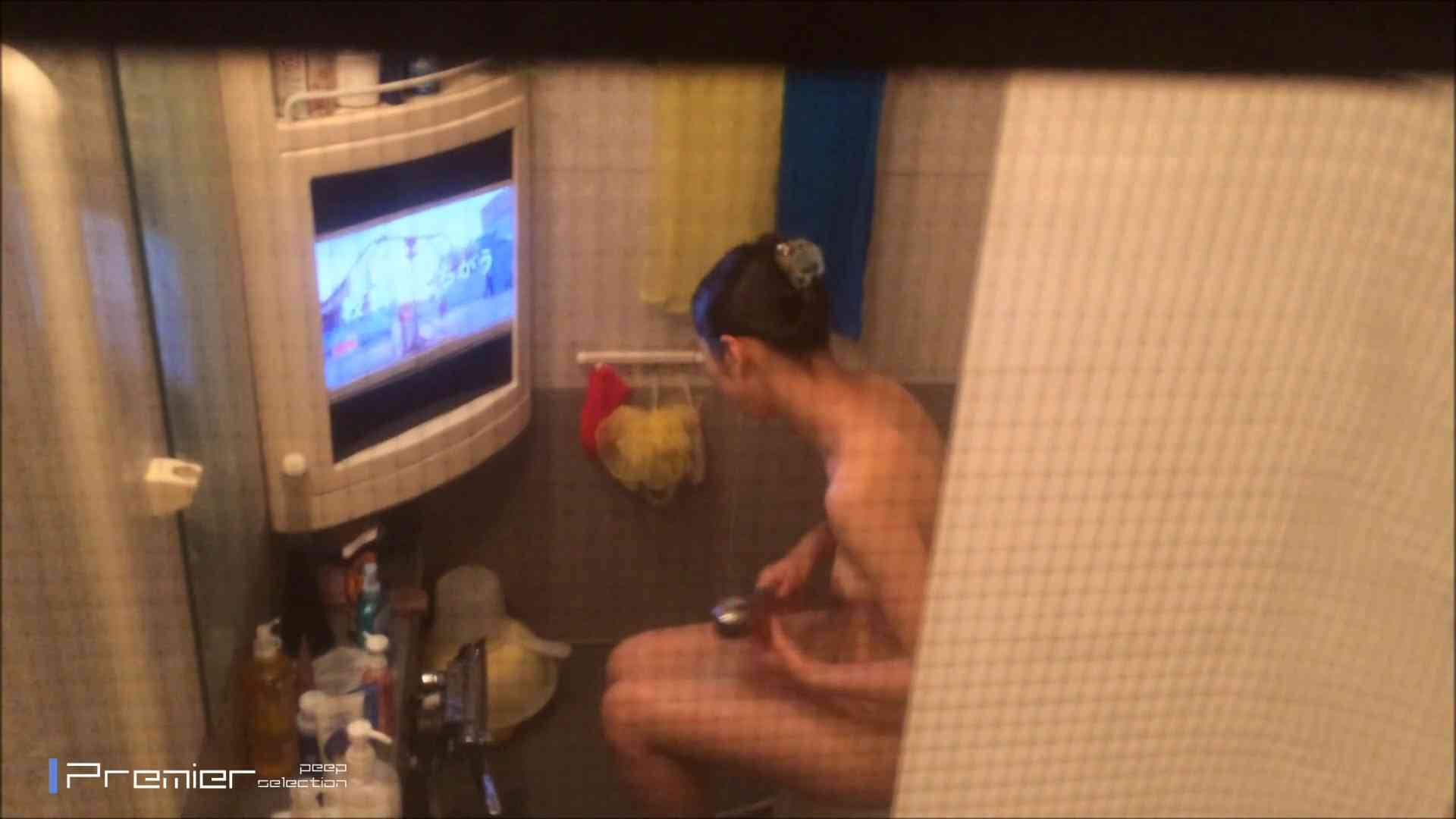 美女のテレビを見ながらの入浴 乙女の風呂場 Vol.21 盗撮 | 細身  61画像 44