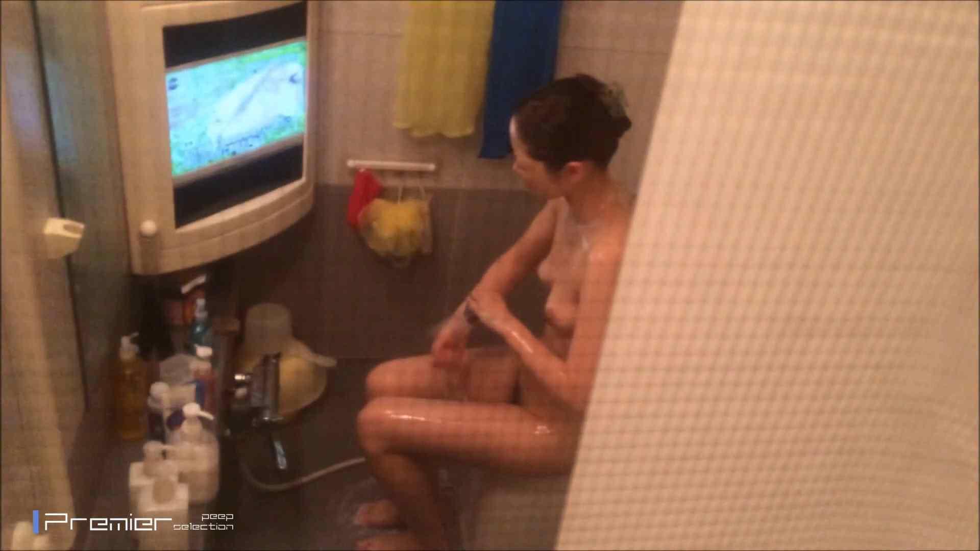 美女のテレビを見ながらの入浴 乙女の風呂場 Vol.21 盗撮 | 細身  61画像 51