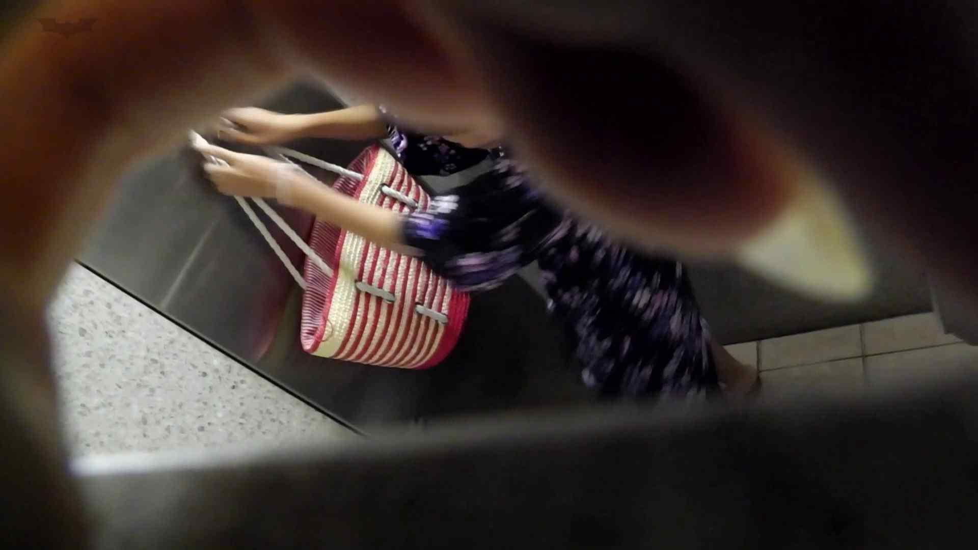 ▲復活限定▲マンコ丸見え!花火大会潜入撮 Vol.02 明るい場所に移動! 期間限定   マンコ  83画像 24