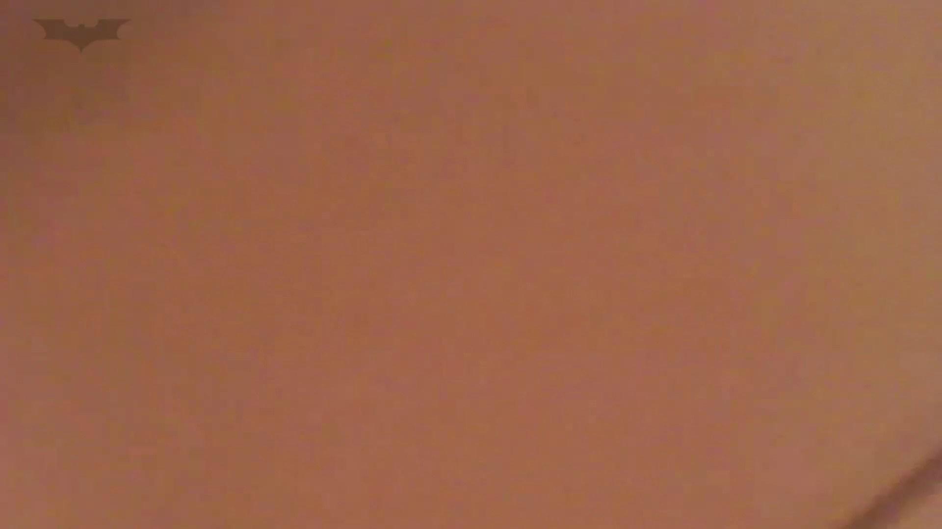夏の思い出浜辺トイレ盗撮Vol.13 盗撮   細身  90画像 60
