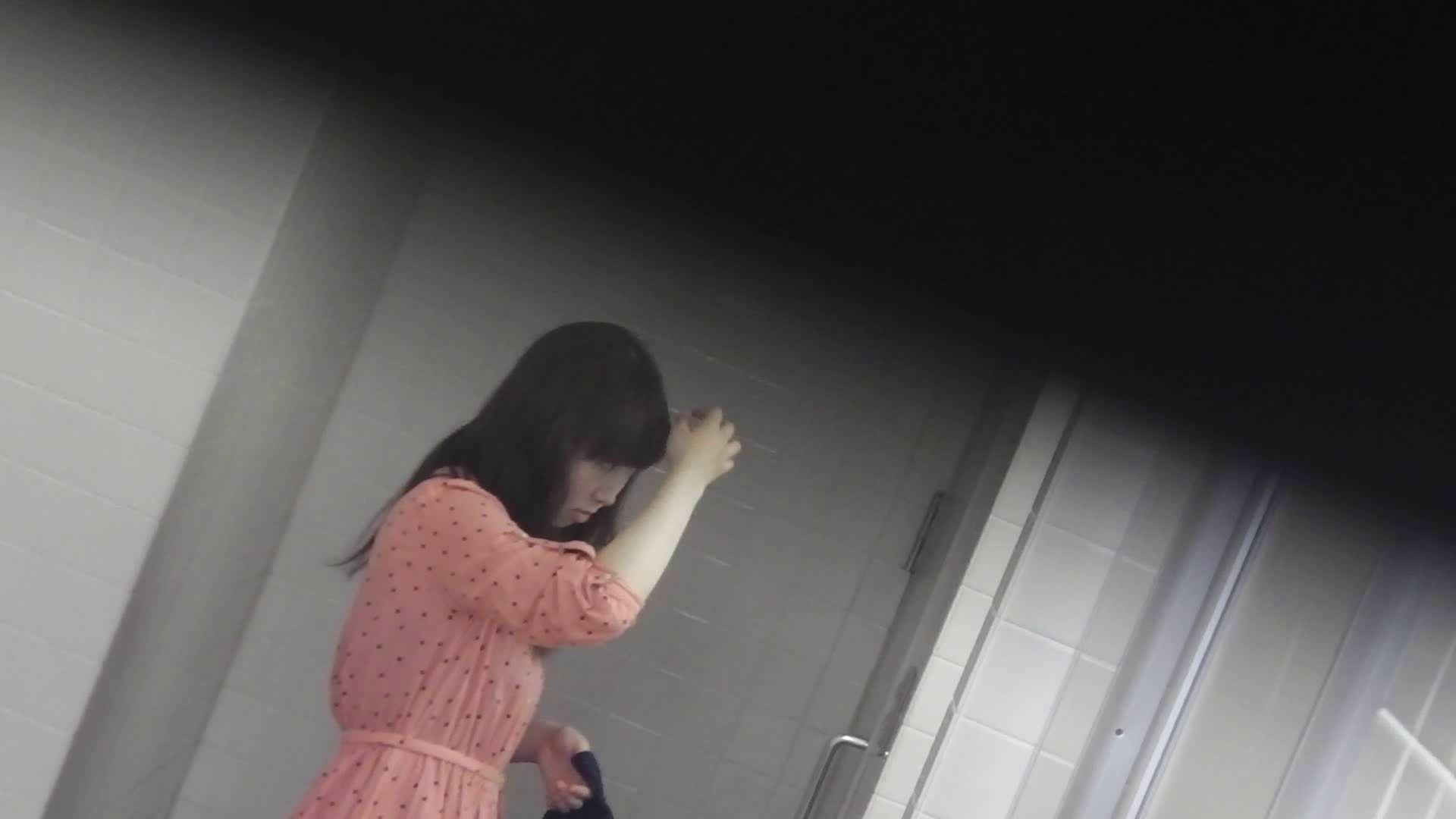 お銀さんの「洗面所突入レポート!!」 vol.28小島陽菜似のピンクオシャレさん 丸見えマンコ   洗面所  111画像 16