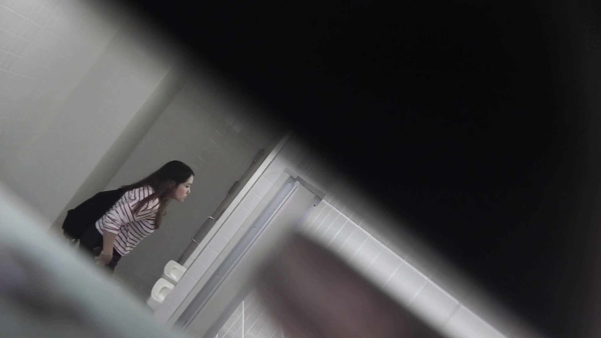 お銀さんの「洗面所突入レポート!!」 vol.28小島陽菜似のピンクオシャレさん 丸見えマンコ   洗面所  111画像 88