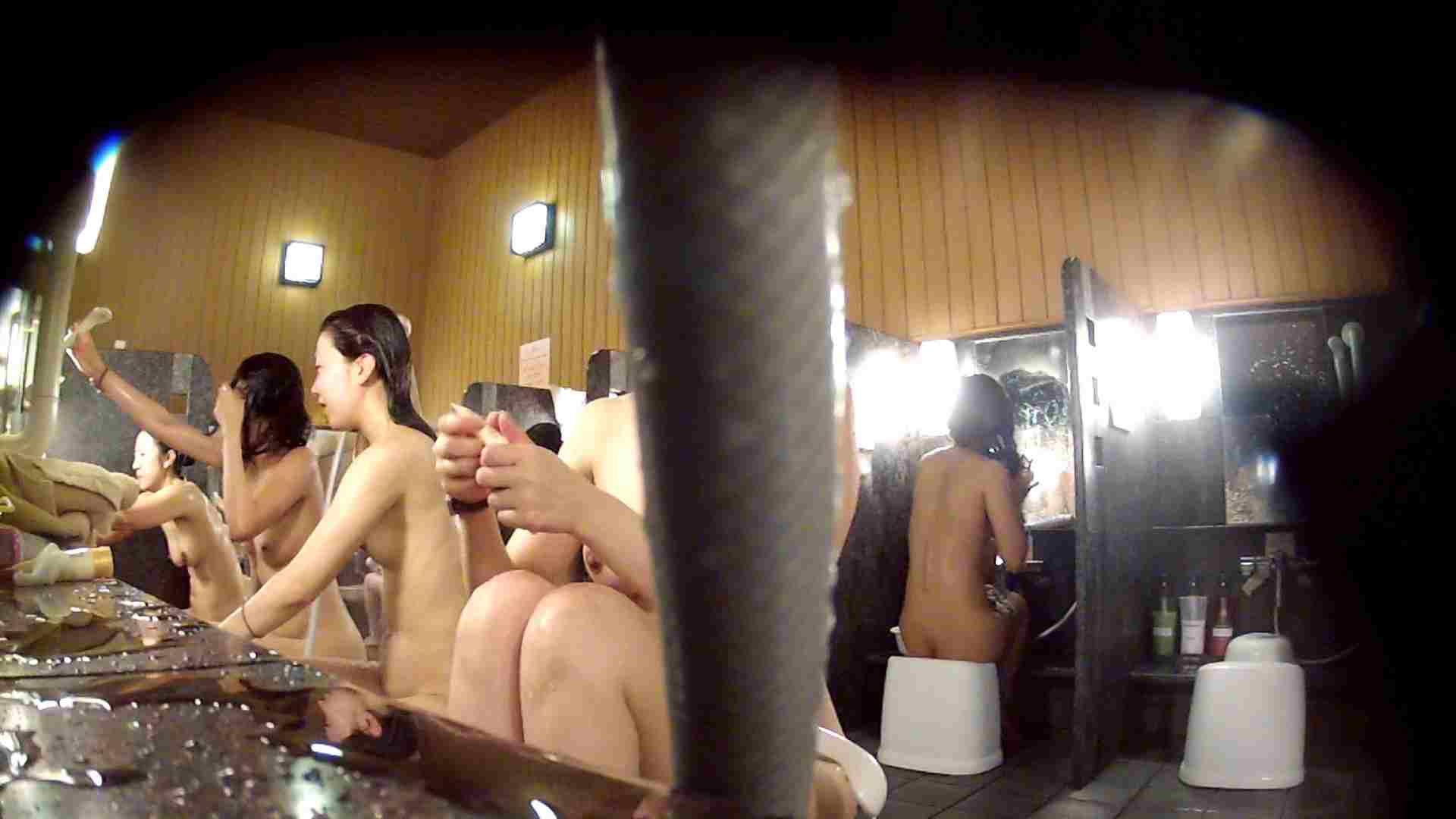 ハイビジョン 洗い場!ちょっとケバいですが、美乳です!ホースが・・・ 美肌 | 細身  86画像 44