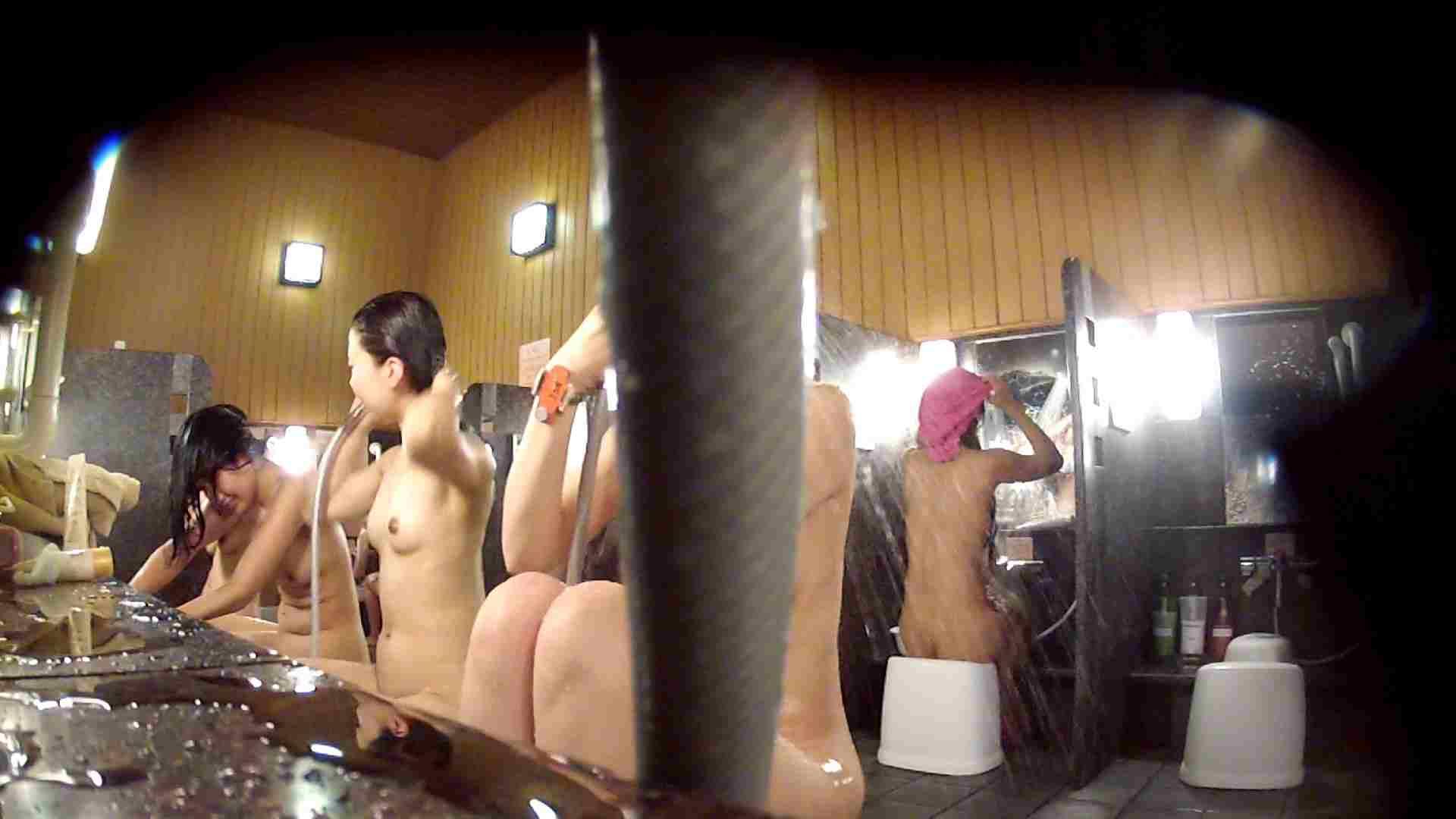 ハイビジョン 洗い場!ちょっとケバいですが、美乳です!ホースが・・・ 美肌 | 細身  86画像 49
