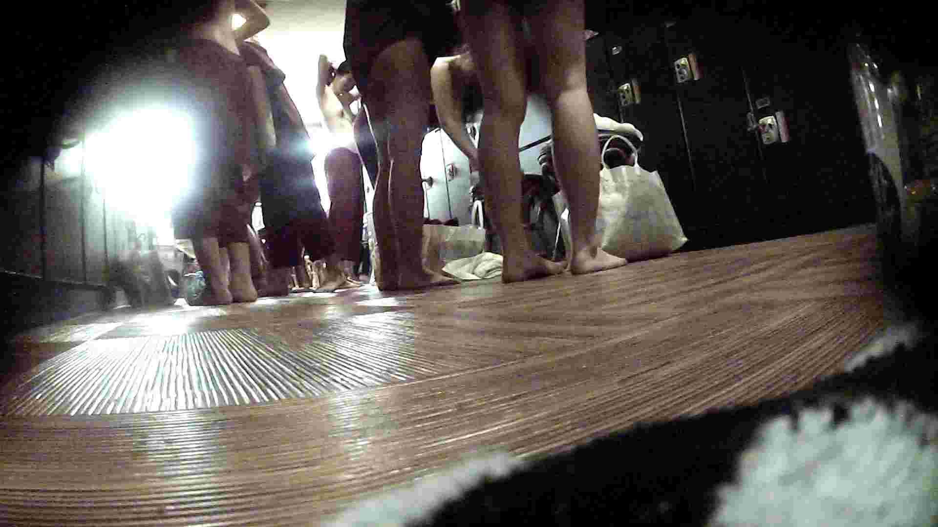 オムニバスVol.5 脱衣所のイケイケギャルがお勧め お姉さん   潜入  20画像 14