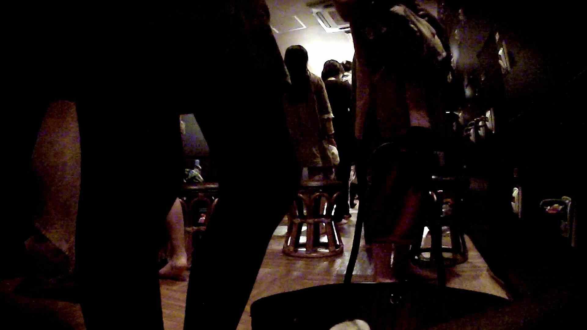 脱衣所!オムニバス 大混雑!注目はあの人の御御足でしょう。 ギャル   女湯  94画像 37