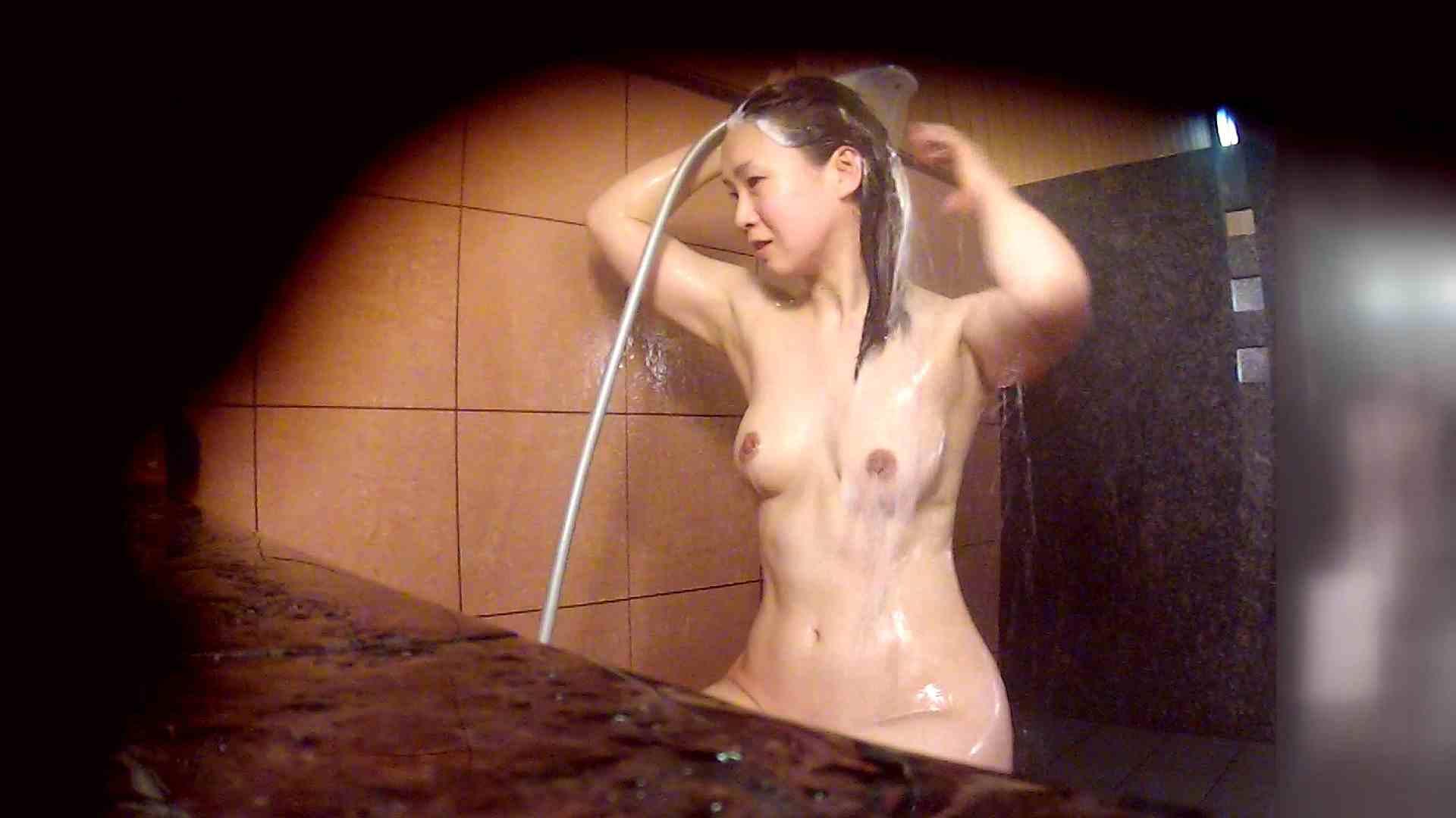 洗い場!マッスルお嬢さん!でもオッパイだけは柔らかそうです。 巨乳 | むっちり  108画像 43