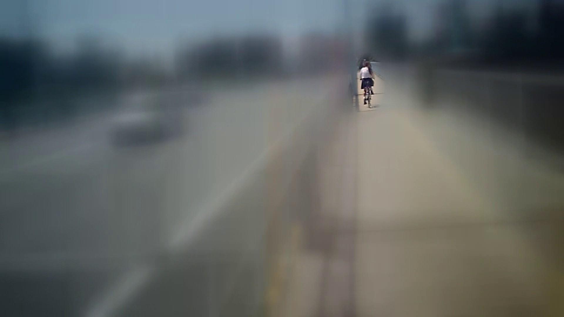自転車パンチラ Vol.07 おしり | 高画質  89画像 24