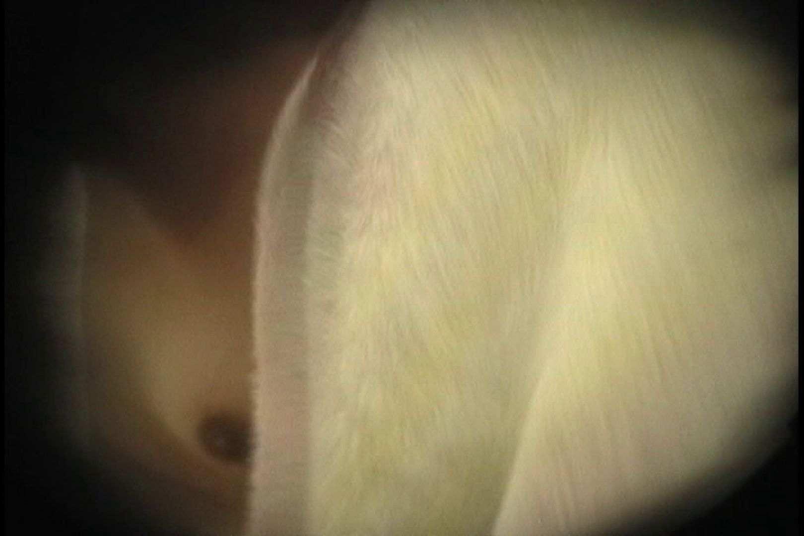 No.32 脇とVラインの処理が甘い貧乳ギャル、タンポンの紐がぶらぶら シャワー室 | 乙女H映像  88画像 40