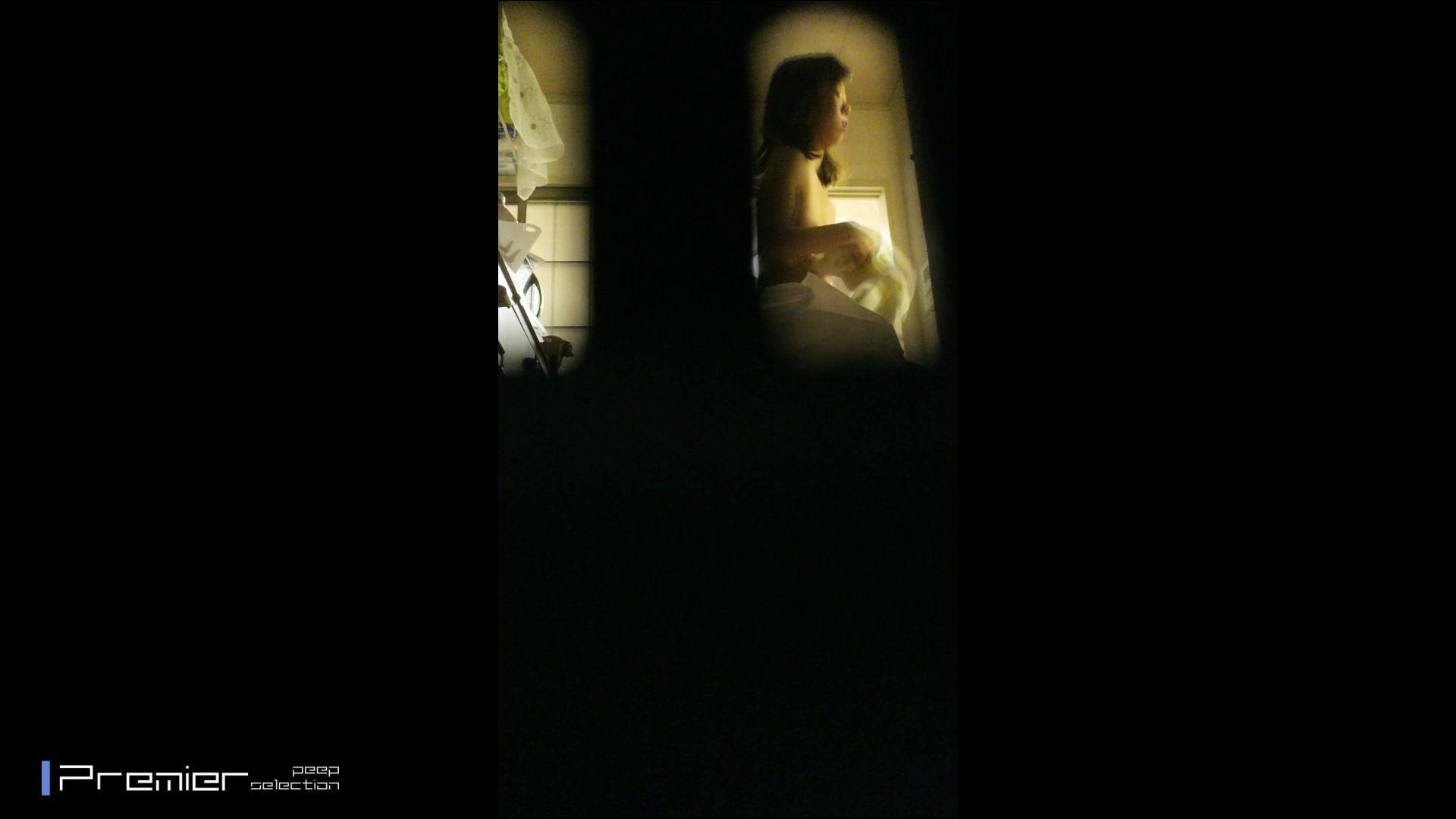 美女達の私生活に潜入!一人暮らし女子大生が見せる入浴前の恥ずかしい姿 美女H映像   民家  72画像 13