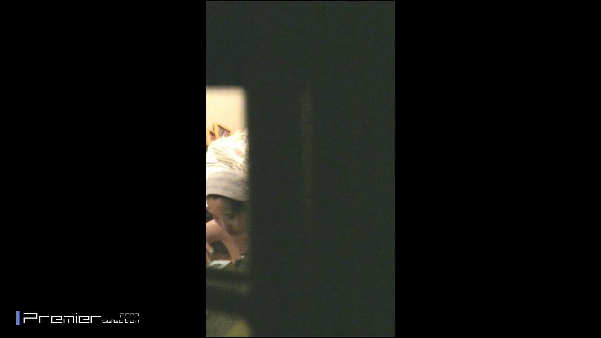 美女達の私生活に潜入!OL 達の私生活を覗き見 美乳   丸見えマンコ  105画像 1