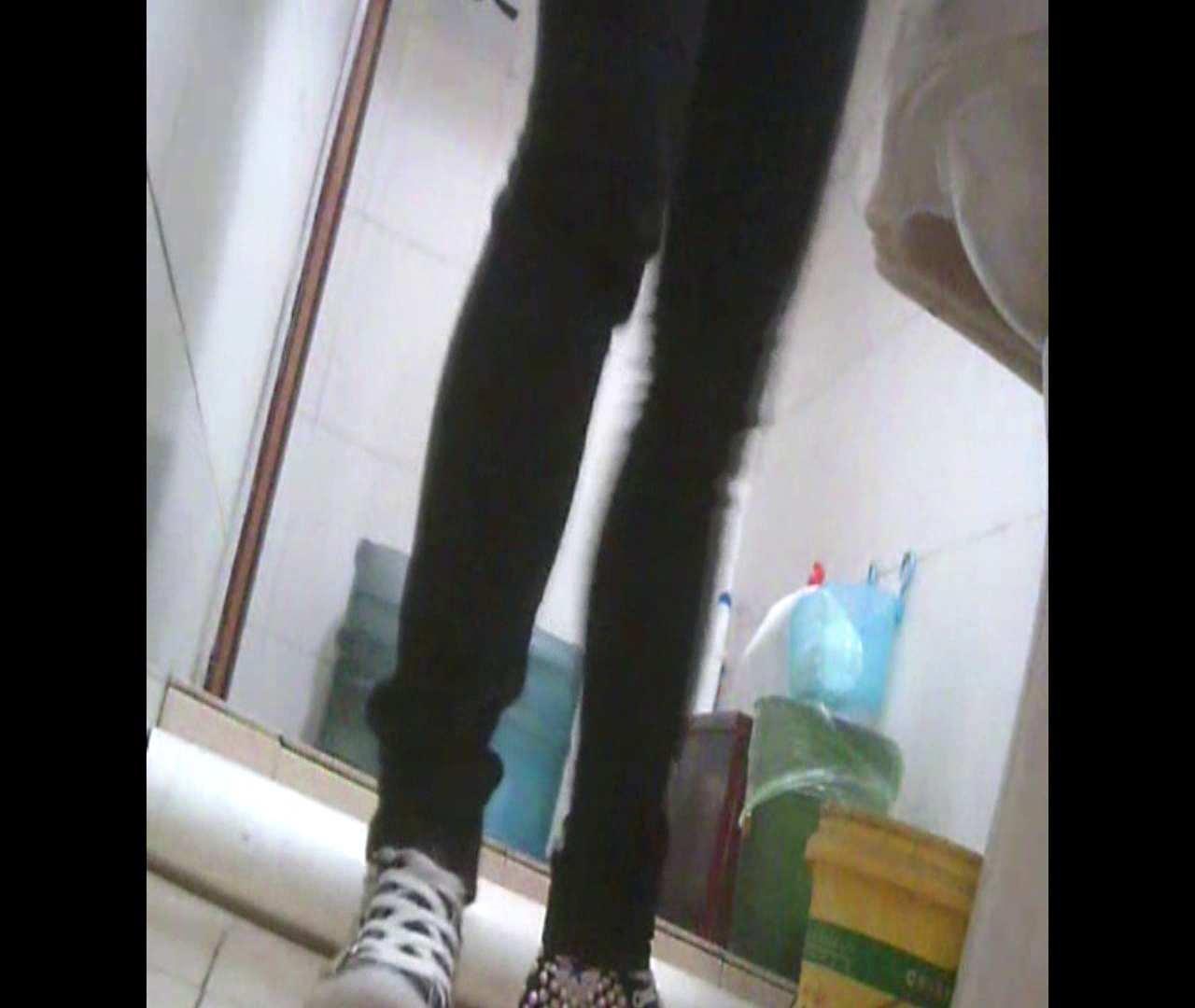 Vol.05 ズボンをはく時の左足! 洗面所   丸見えマンコ  111画像 26