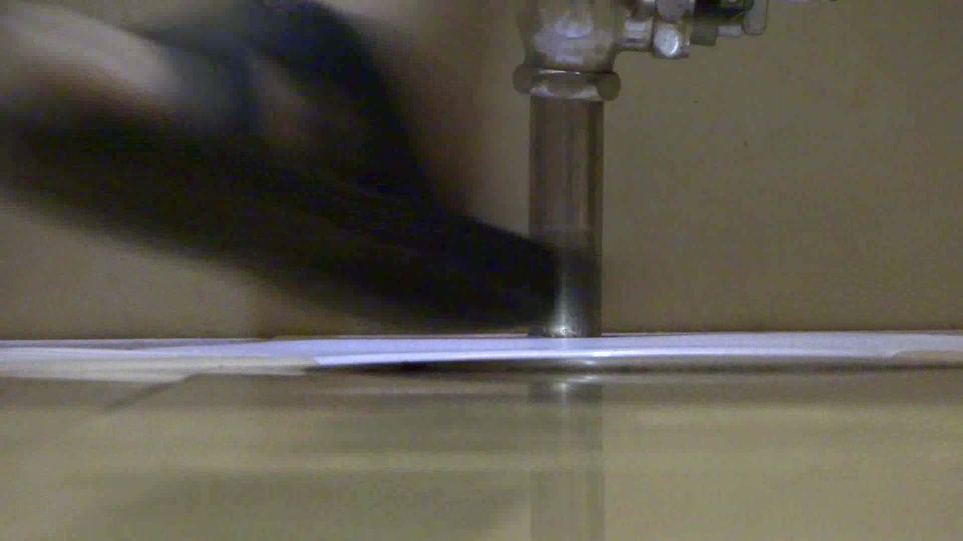 隣国化粧室下から御免!! No.15 洗面所 | 美女H映像  103画像 103