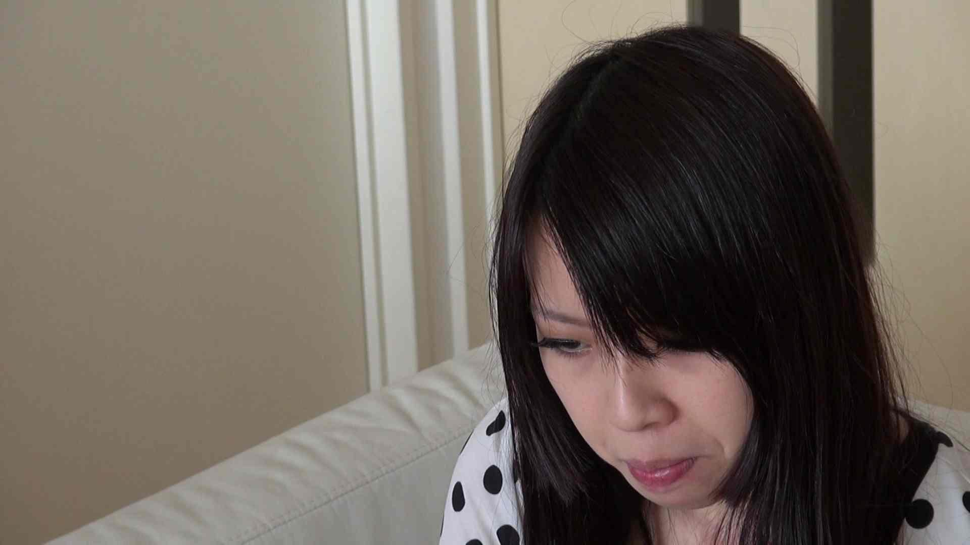 自宅で今回の出演までの経緯を語る志穂さん 0   0  63画像 6