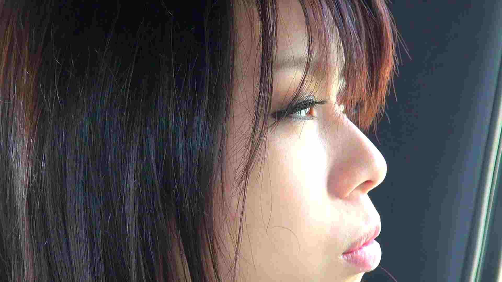 自宅で今回の出演までの経緯を語る志穂さん 0   0  63画像 40