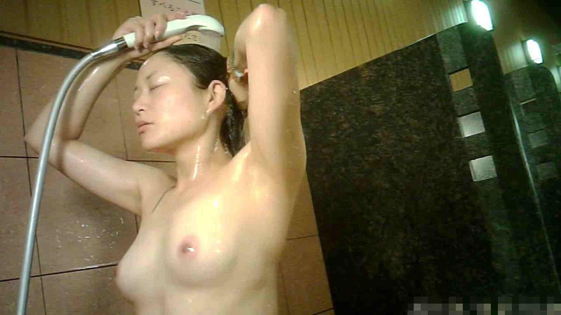 手を染めてしまった女性盗撮師の女風呂潜入記 vol.001 0   0  33画像 13