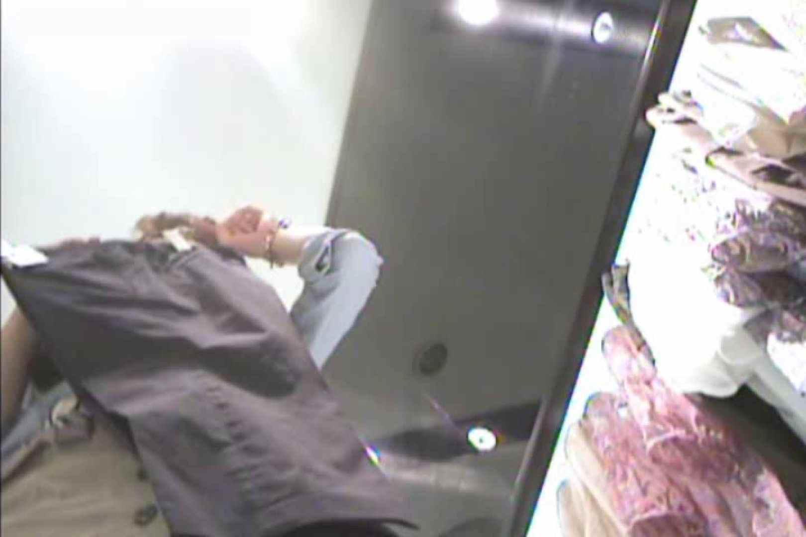 バモスさん投稿!パンチラの真髄!ショップ店員攻略法!VOL.05 0   0  105画像 14